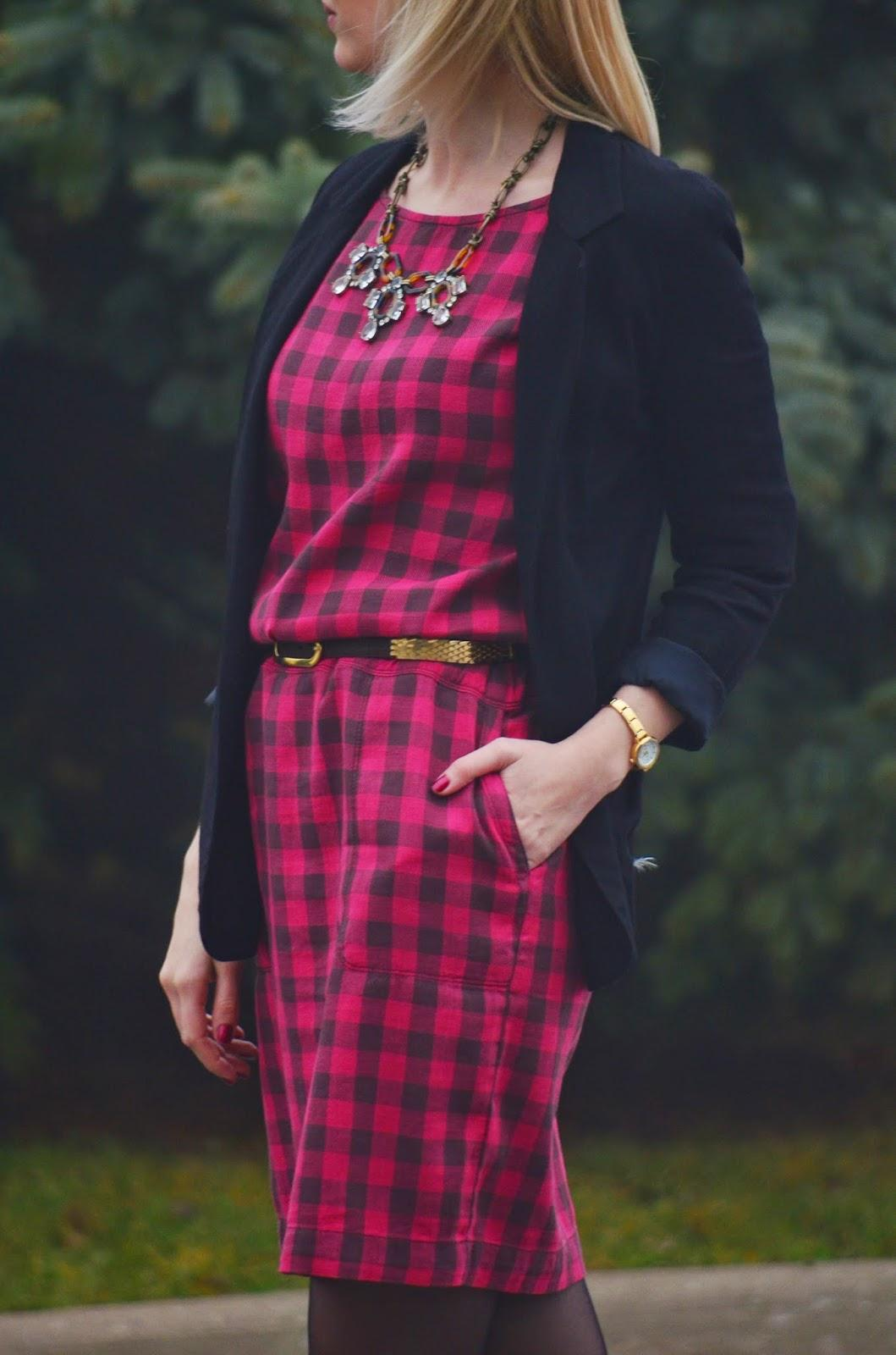 Style, ootd, Buffalo Plaid, Plaid, plaid dress, Dress, office style, Gap, Aldo, Aritzia, La Mer Collections, plaid dress style, preppy, preppy style