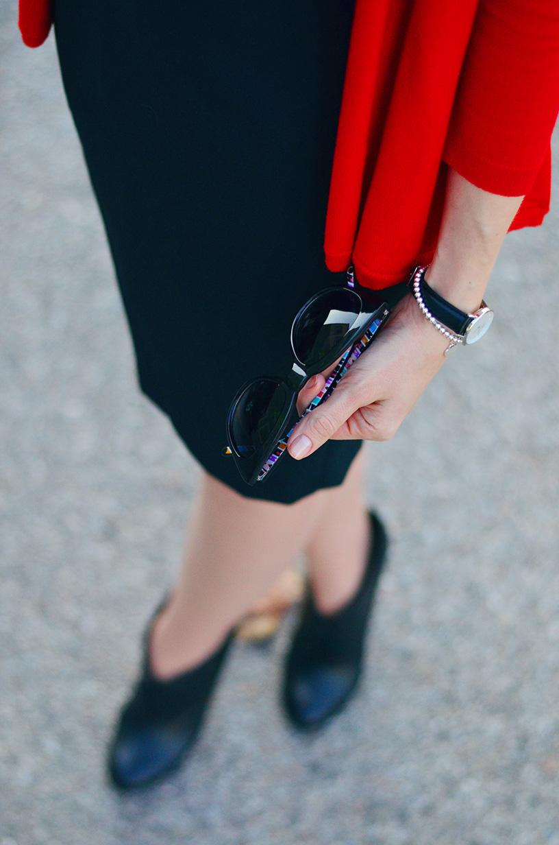 style, ootd, LBD, black dress, little black dress, parisian style, preppy, french chic style,