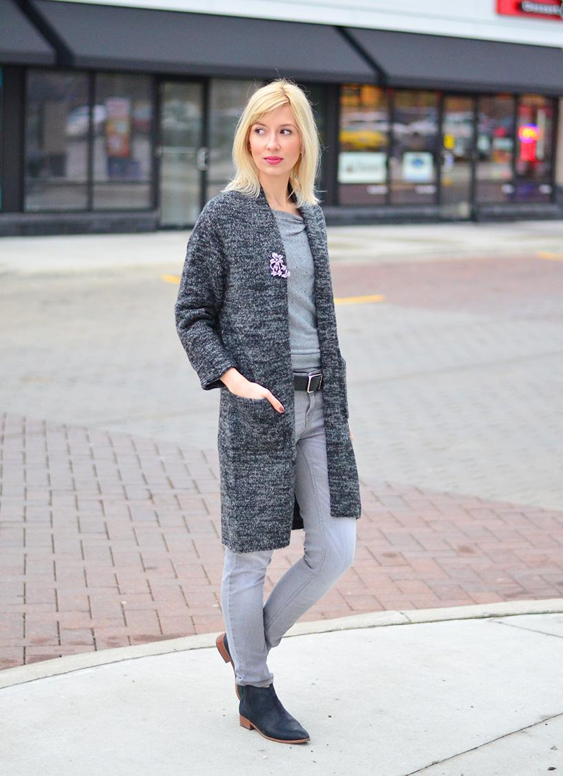 Dark & Grey: Long Cardigan Style.