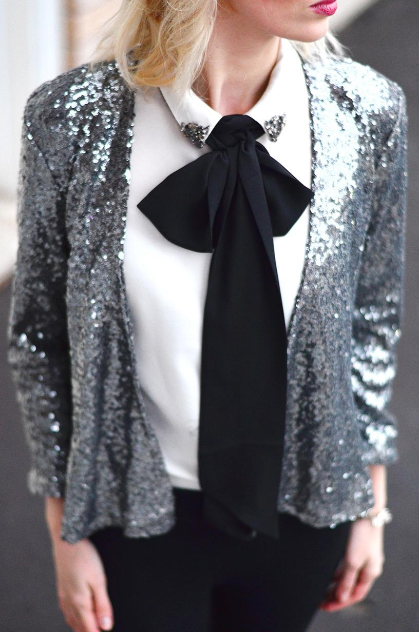 Style, Fashion, OOTD, sequins, sequin, sequin style, sequin outfits, New Year style, holiday style, bow outfit, sequin jacket,