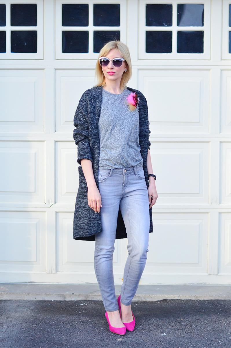 grey jeans style