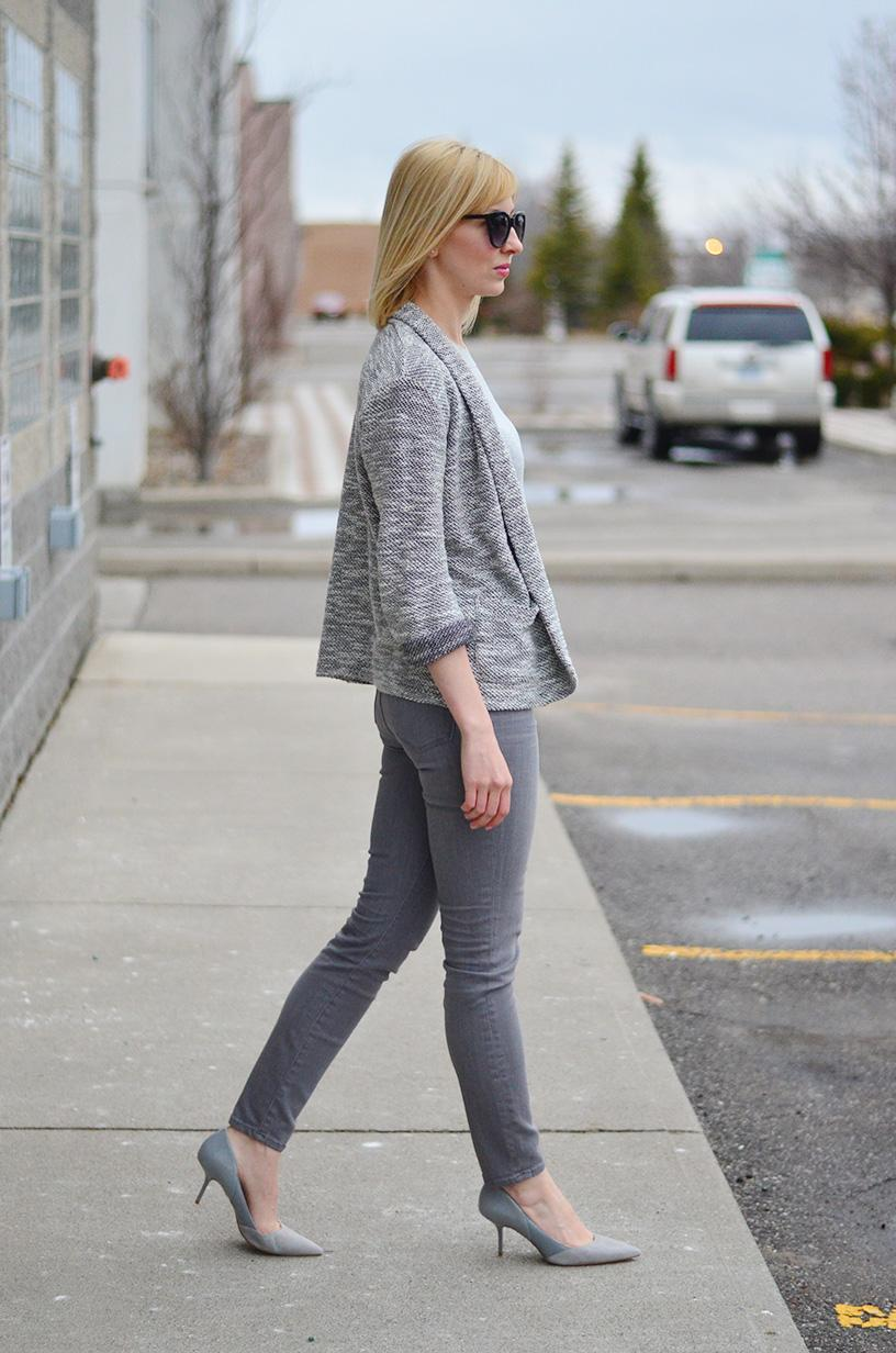 high rise grey jeans & suede pumps