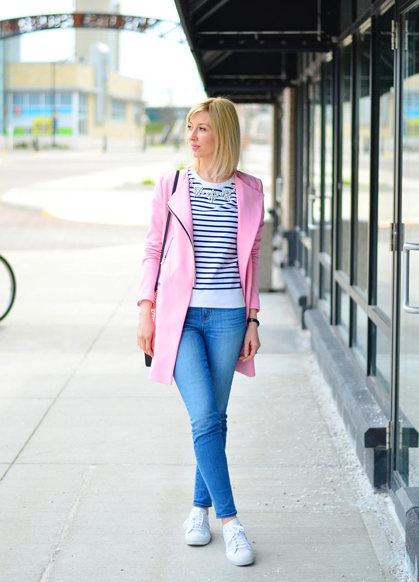 blue jeand & spring coat style