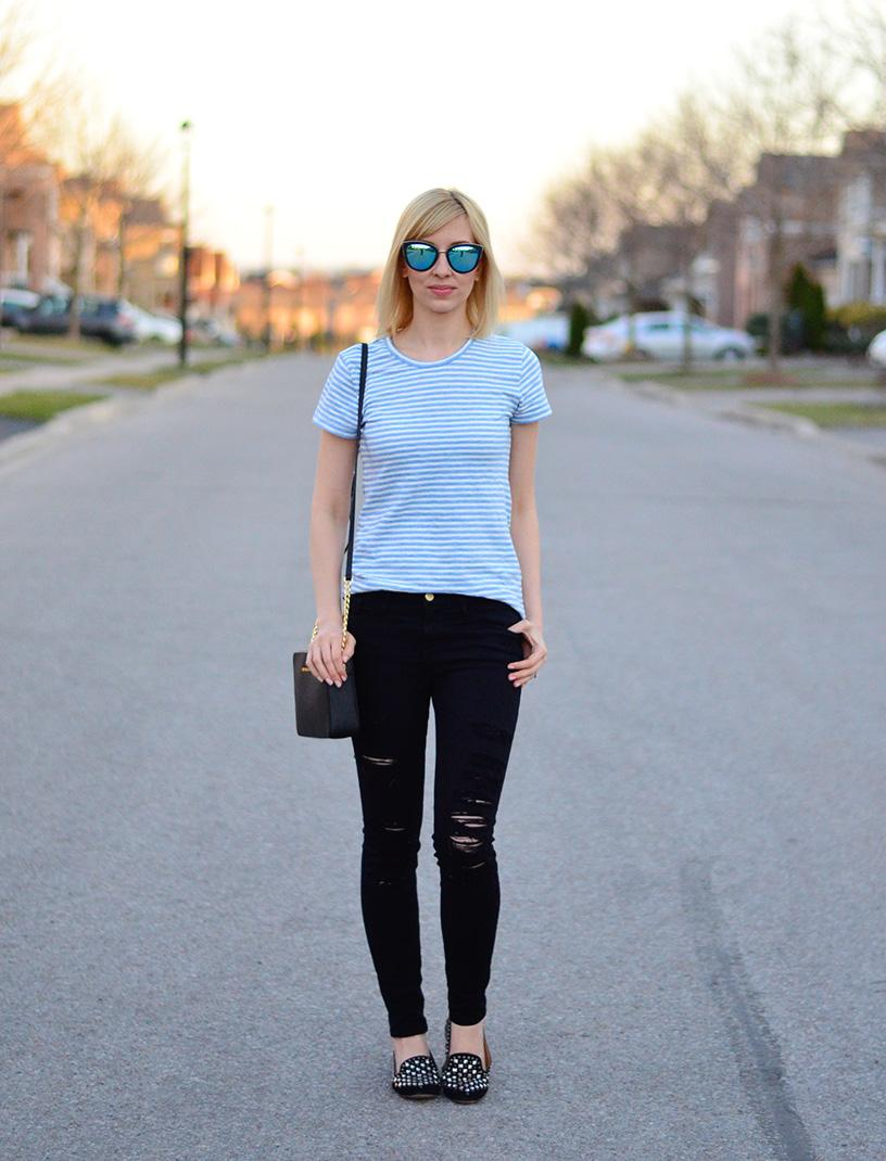 casual t-shirt style