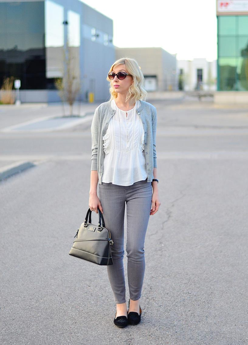 grey jeans & frill top style